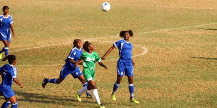 El reinicio de la liga femenina de fútbol estancado por unanimidad de los clubes