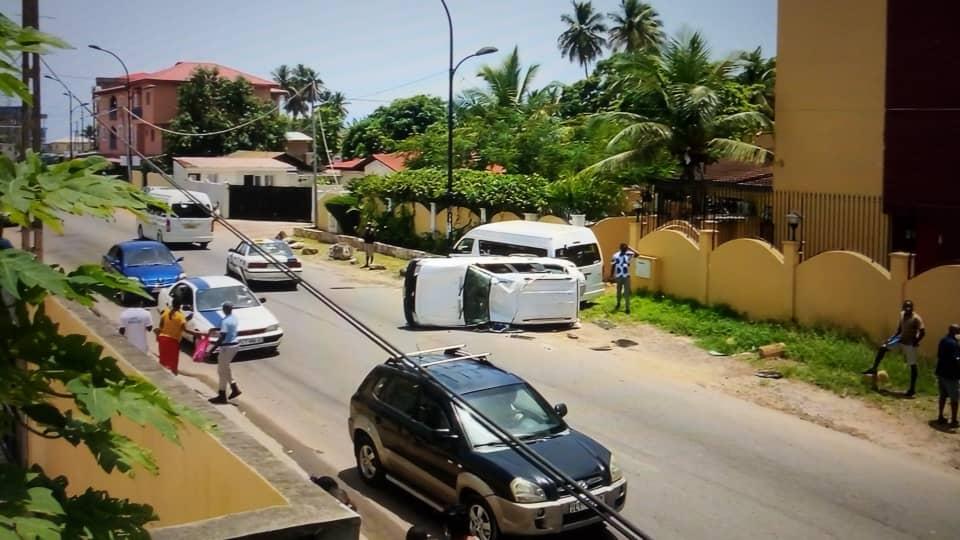 Sucesos: Accidente de circulación en el barrio Ukomba de Bata sin víctimas mortales