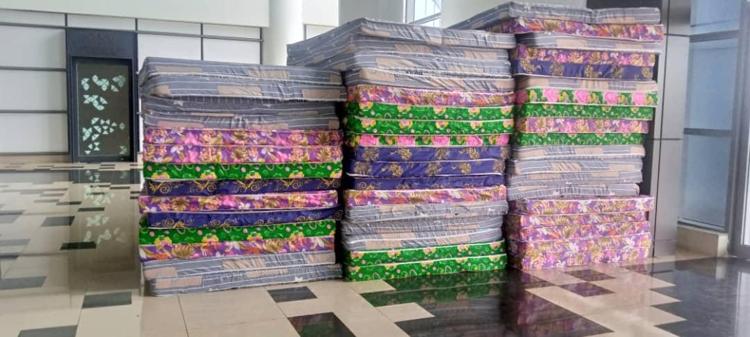 Representantes de T.B Joshua en Malabo, donan material de primera necesidad a los damnificados del 7M