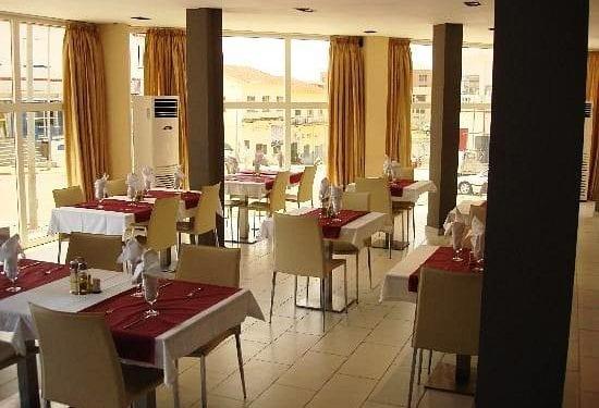 5 días tienen los dueños de hoteles y restaurantes de Bata para zanjar sus deudas por impuestos al fisco