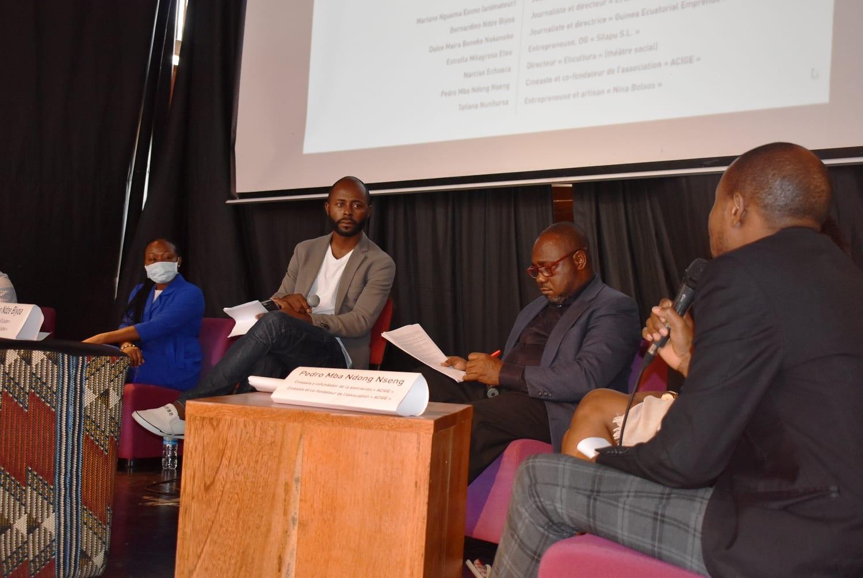 La embajada de Francia en Malabo organiza un debate sobre la renovación de las relaciones entre Francia y África