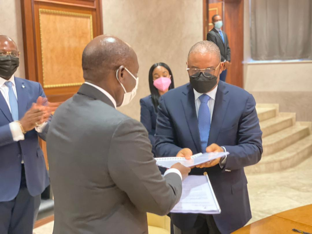 BGFIBank firma la convención para la reestructuración de la deuda pública del Estado Ecuatoguineano