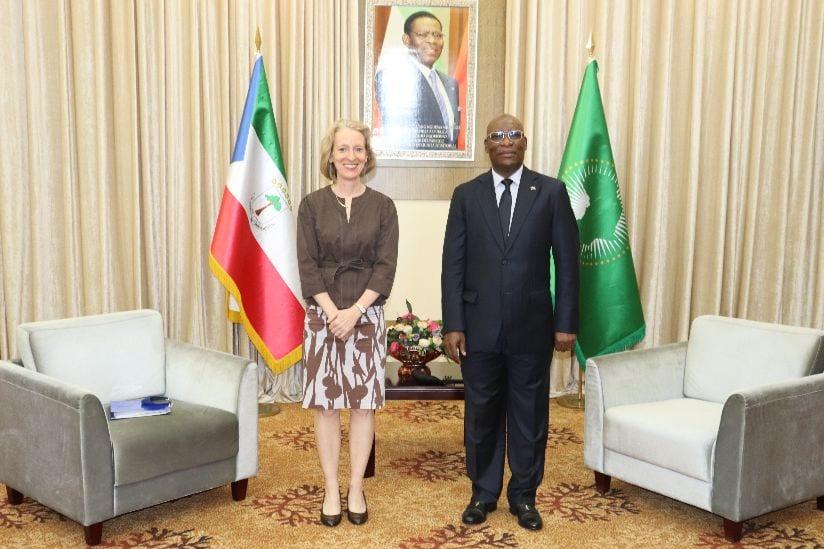 Encuentros de cortesía del ministro de Asuntos Exteriores con los embajadores de Estados Unidos y España en Malabo