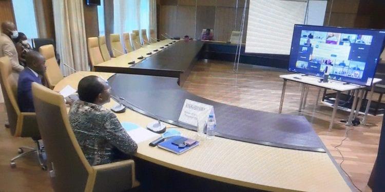 Los ministros de Economía y Hacienda de la CEMAC analizan la evolución económica de sus Estados miembros