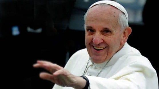 El Papa Francisco evoluciona favorablemente de su operación de colon