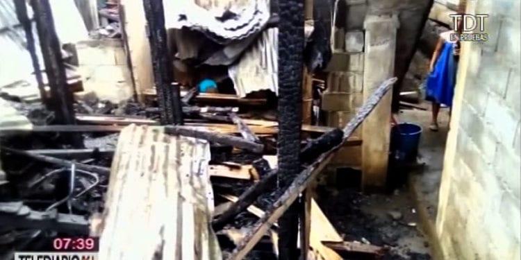 Un incendio deja totalmente calcinada cuatro viviendas en el barrio Santa María 5