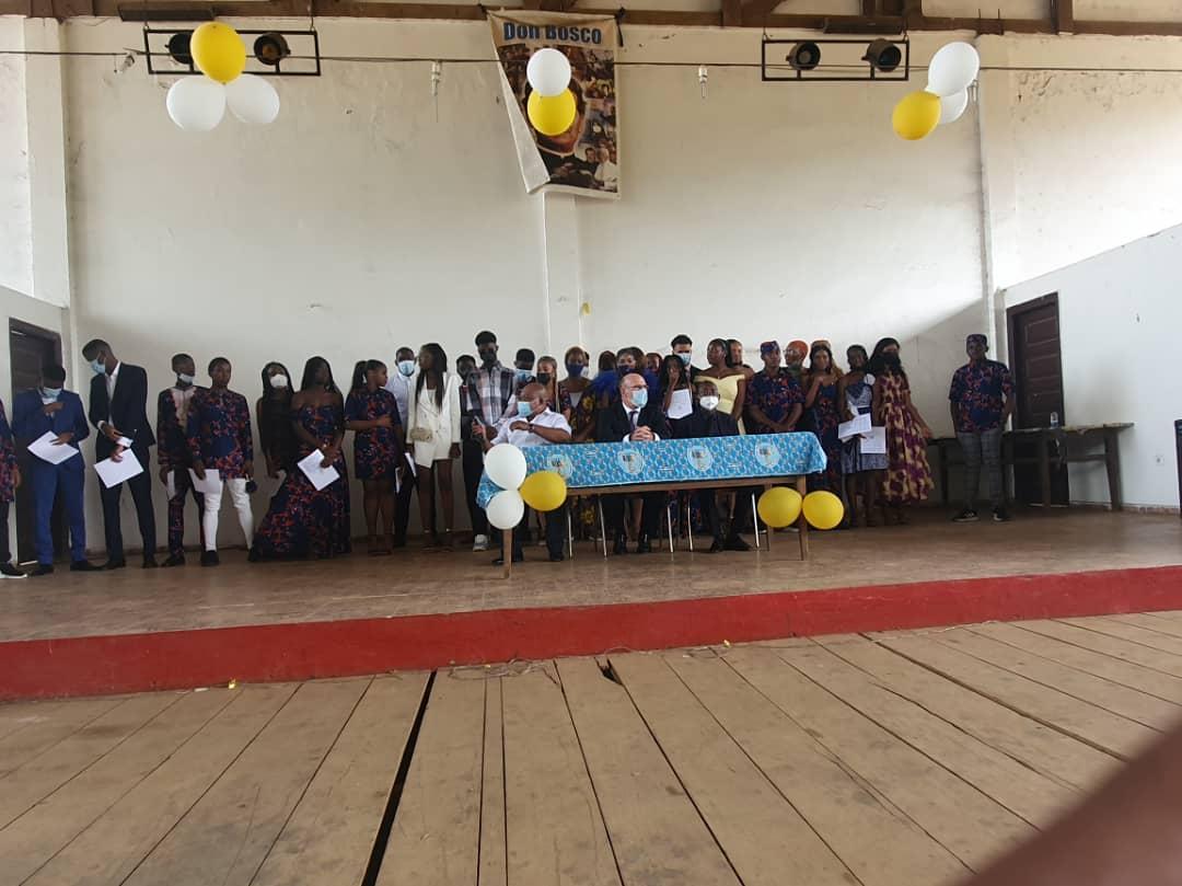 """Embajador de España: """"El futuro de Guinea Ecuatorial es el de los jóvenes alumnos, hombres y mujeres formados con valores sólidos"""""""