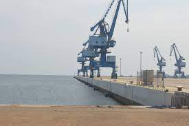 El Gobierno se preocupa por la inoperatividad del Puerto de Bata y el mal funcionamiento de GECOTEL
