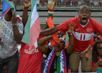La afición del Nzalang Nacional es optimista y cree que el equipo pasará en la fase de grupos