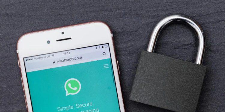 Facebook quiere analizar los mensajes encriptados de WhatsApp para segmentar la publicidad, pero sin descifrarlos