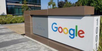 Padres podrán solicitar a Google que elimine fotos de sus hijos