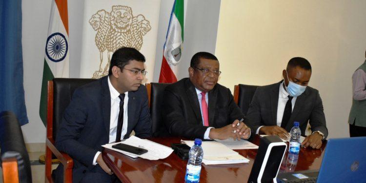 Guinea Ecuatorial e India dan pasos en el acuerdo de cooperación sobre la medicina tradicional