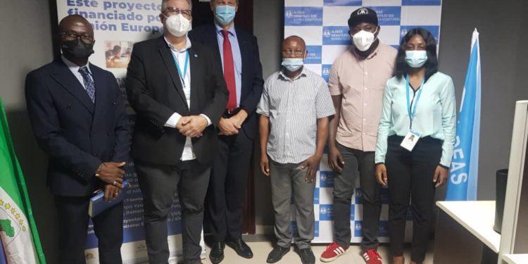 El embajador de la Unión Europea en África se reúne con el director de Aldeas Infantiles S.O.S en Guinea Ecuatorial
