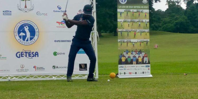 SOEGUIBE patrocina al subcampeón de la liga nacional de golf 2021
