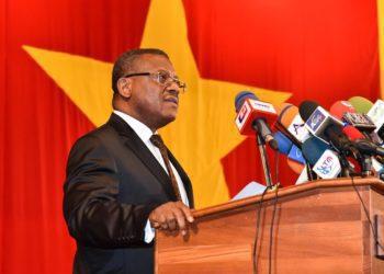 El primer ministro de Camerún es interrumpido por disparos durante su visita a Bamenda